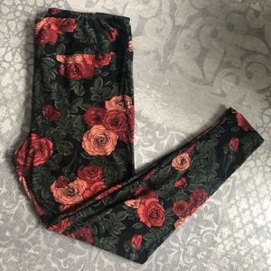 Black Rose Pattern LuLaRoe Leggings